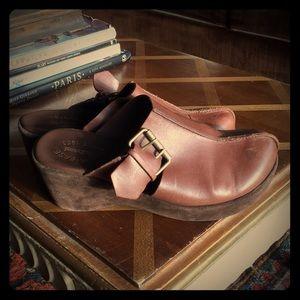 Kork-Ease brown leather platform clogs boho shoes